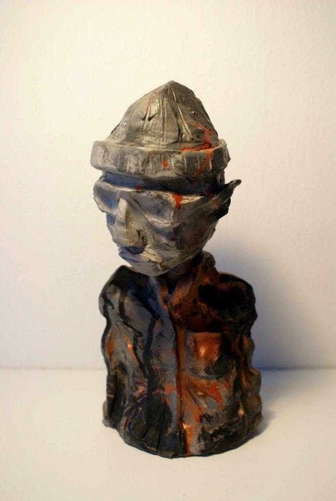 Skulptur af moderne far