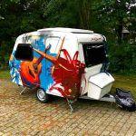 Graffiti på bestilling kunst på campingvogn